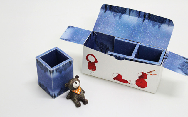 doll toy animals decorations box package design
