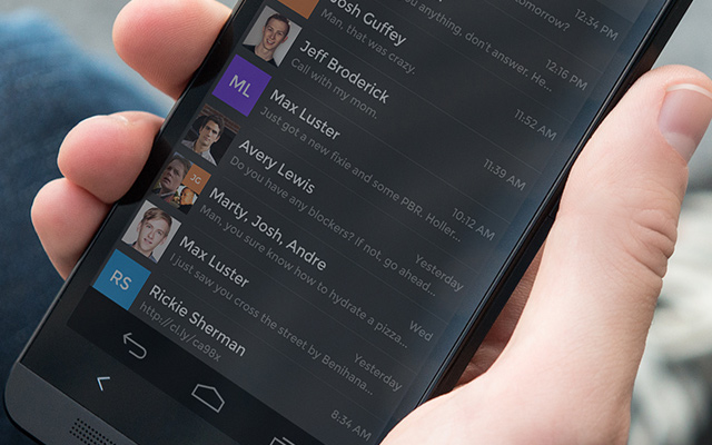 email inbox app android dark interface