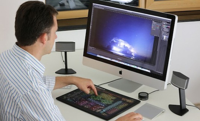 photoshop laptop design photo