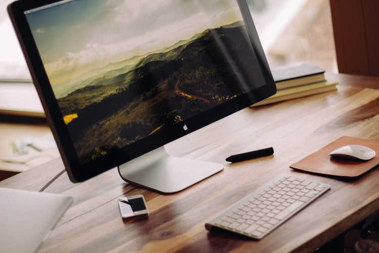 5 Reasons Why Stock Photos Are Essential for Web Design